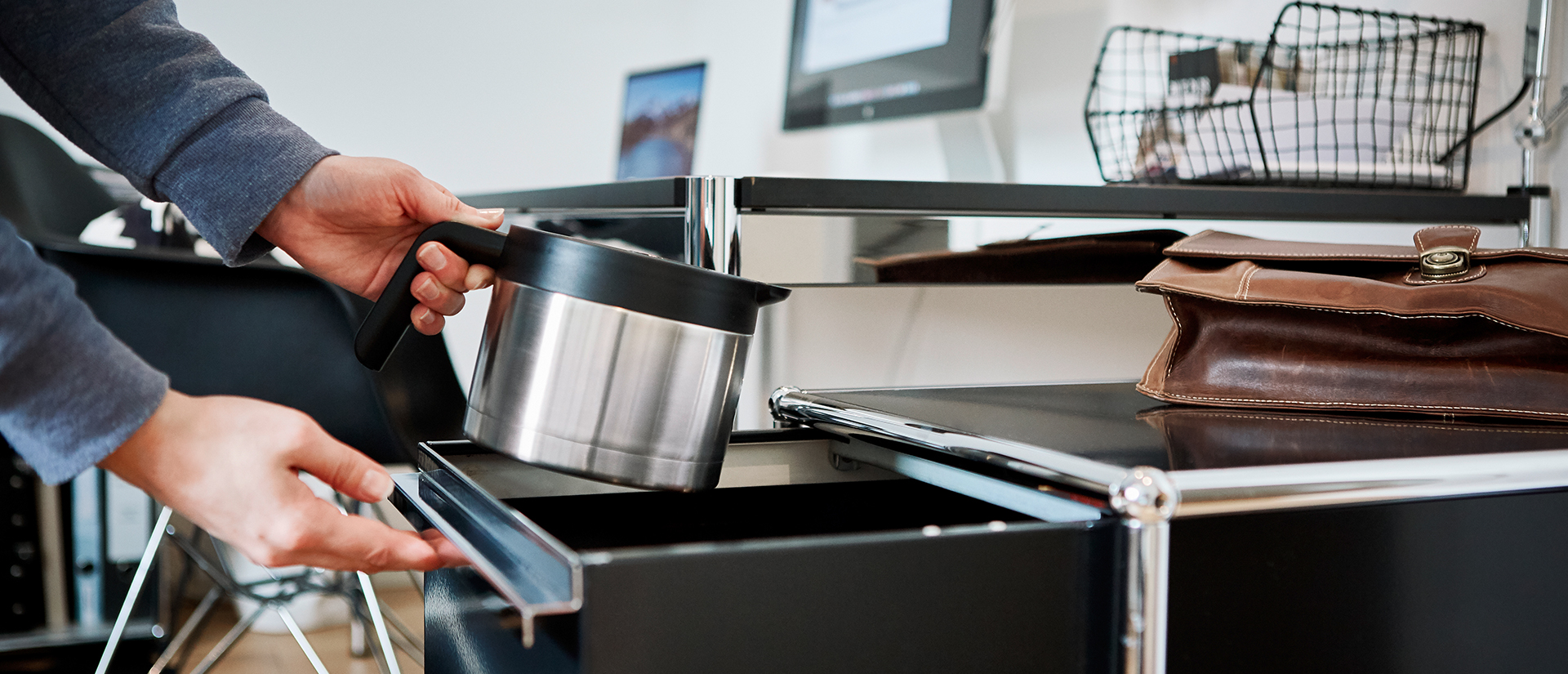 isolierkanne-brueher-kaffee-filterkaffe-niedrig